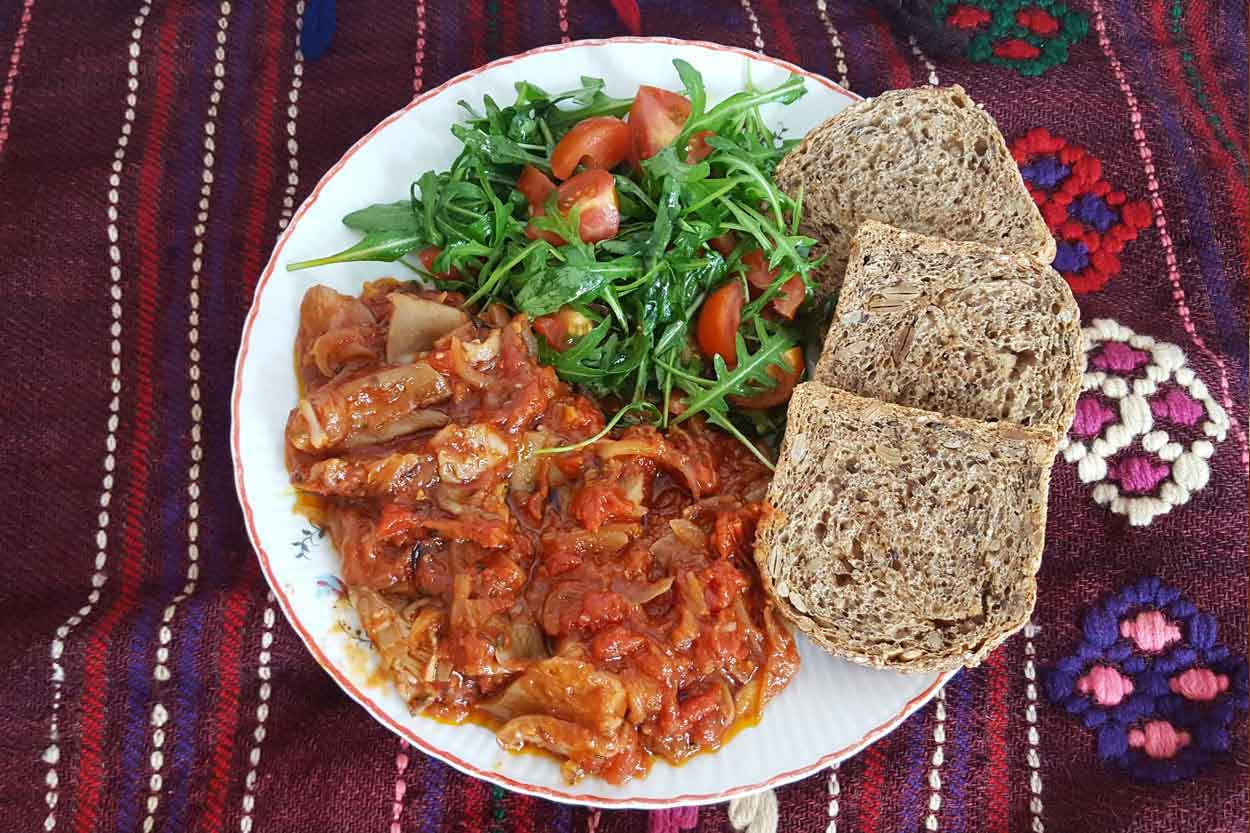 Bukovače u paradajz sosu